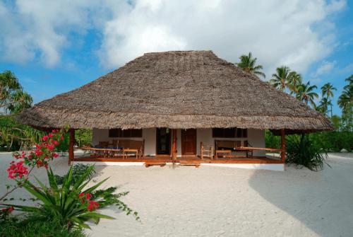 Hakuna Majiwe Lodge