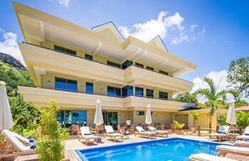 Crown Beach Resort