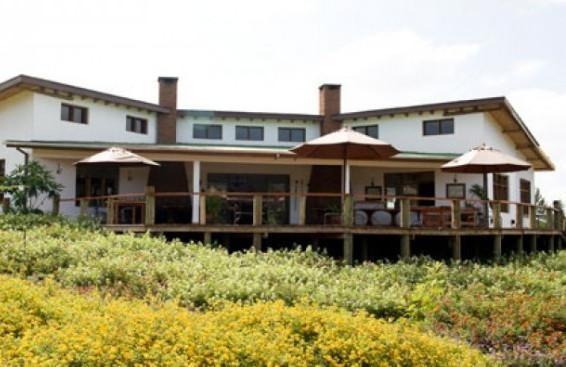 Tloma Lodge -safari to africa accommodation